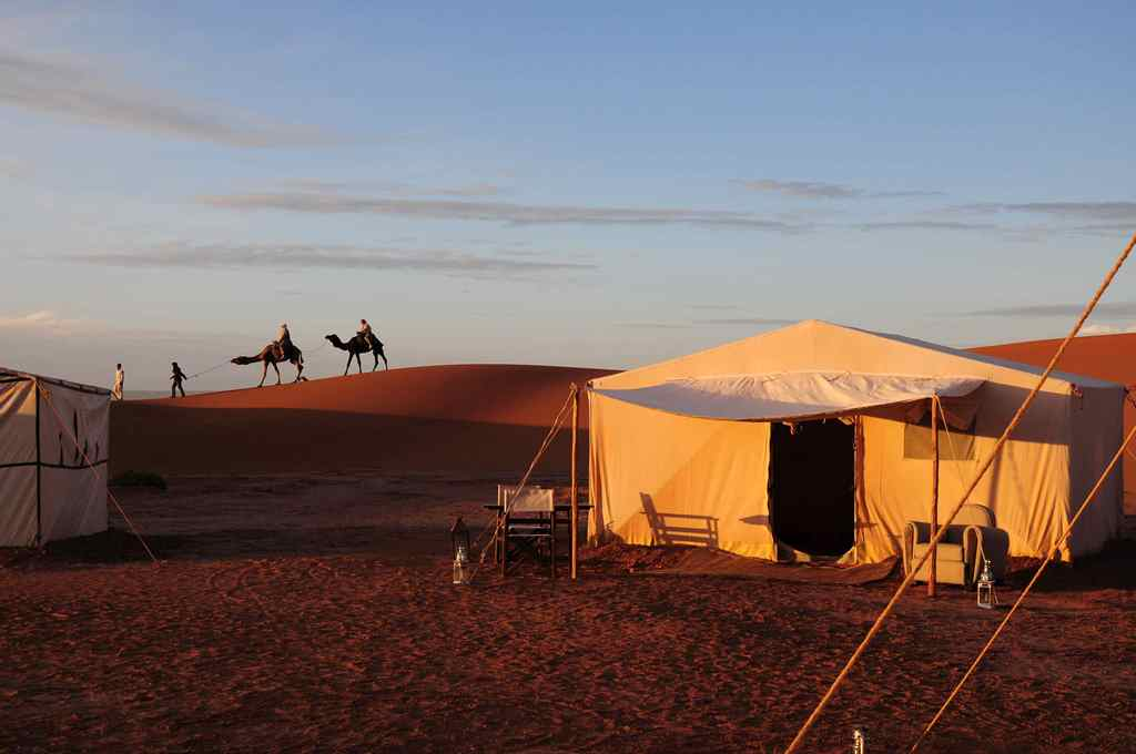 azalai camp camel ride