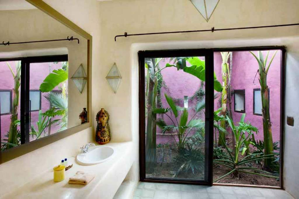 garden by bathroom @ dar al hossoun