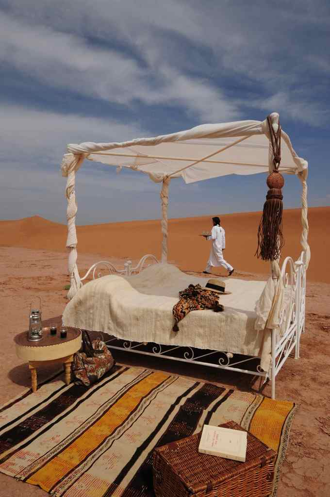 a tea in the sahara