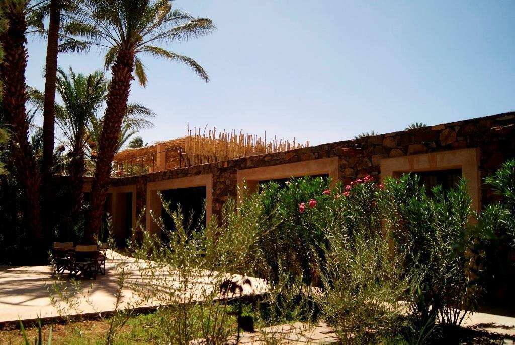azalai lodge zagora outside view