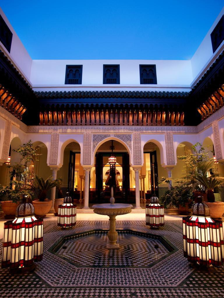 shopping patio at la mamounia